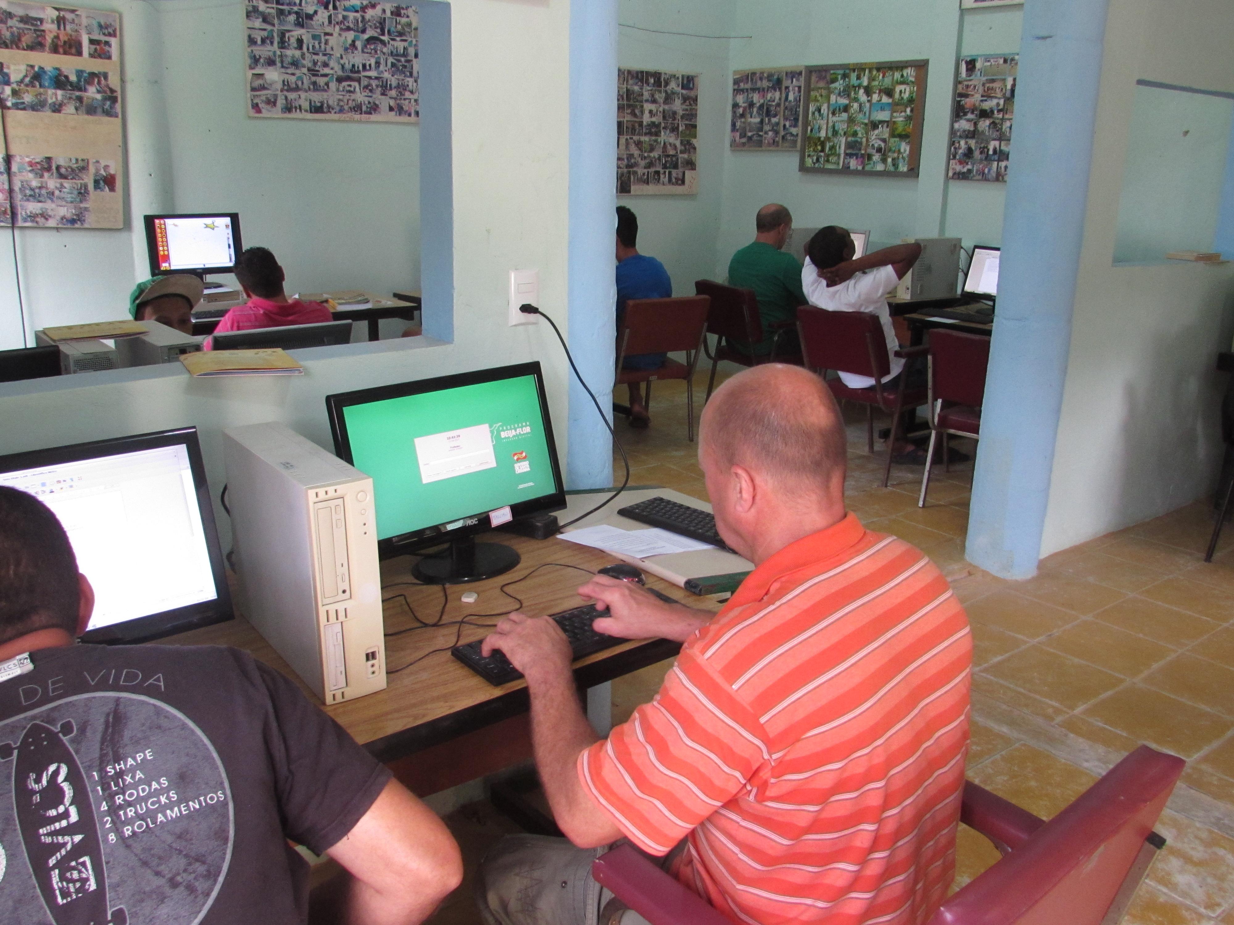 Aulas de Inclusão digital