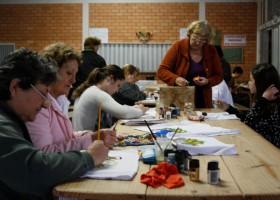 Artesanato nos Bairros: arte da comunidade