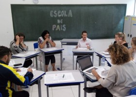 Escola de Pais - Futuro para a escola transformadora